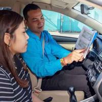 thực hành học lái trên xe tập